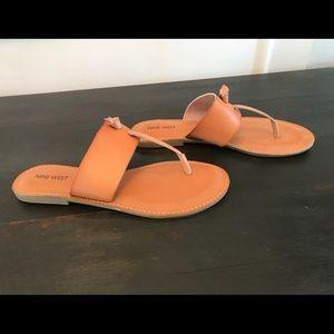 Nine West Brown Thong Sandals NWOT